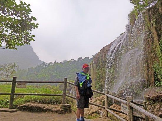 China and Vietnam Friendship Pass: Beautiful waterfall