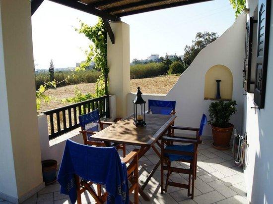 Aeolos Sunny Villas: Terrasse