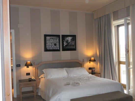 Hotel Ambasciatori: CAMERA DELUXE