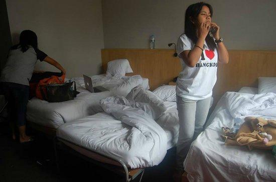 Hotel Vista Express: Very comfy bed!