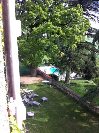 Chateau de Lassalle: View from our room to the pool
