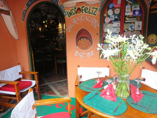 Hostal Las Rocas: nice restaurants