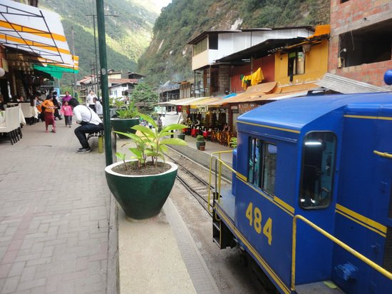 Hostal Las Rocas: the railroad