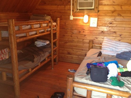 Cabins at Oleta River State Park: Inside of cabins (bunk beds and a full bed) perfect for a family of four