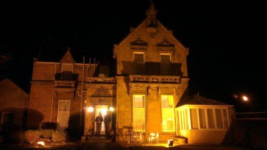 Duthus Lodge at night