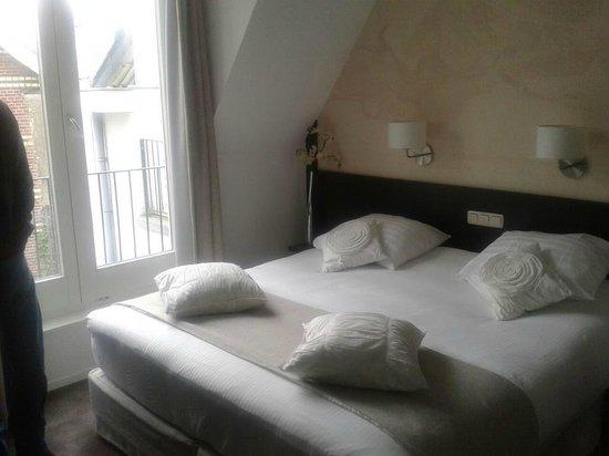 Auberge Vincent: bed