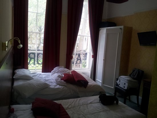 Avonmore Hotel: chambre 1er etage