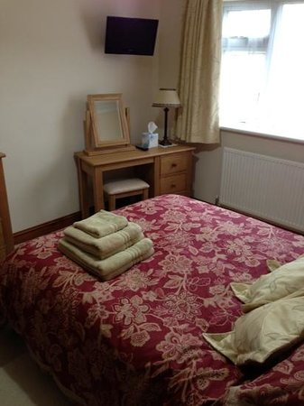 Valley Views B&B: Newly refurbished room - superior double