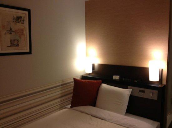 Keio Presso Inn Higashi-Ginza: ベッド