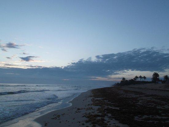 Playas del Este: Au petit matin du 29 avril 2012 à 7h04.