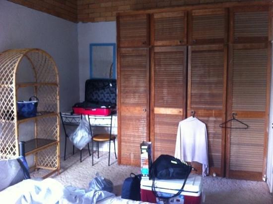 Costa Bella Apartments: chambre