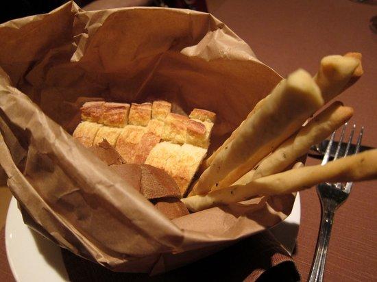 Palazzina G: Cestino del pane