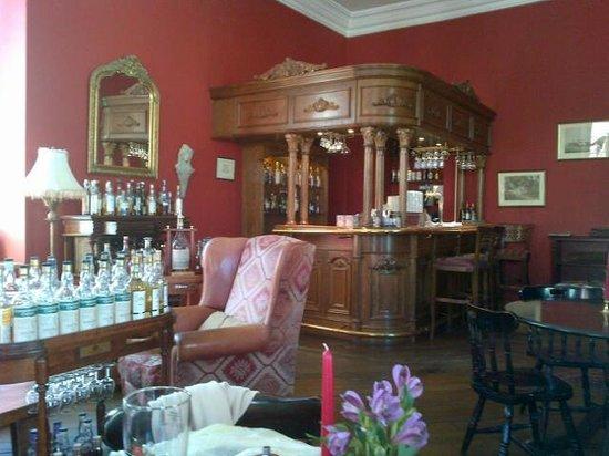 Shakespeare Hotel Restaurant: The bar