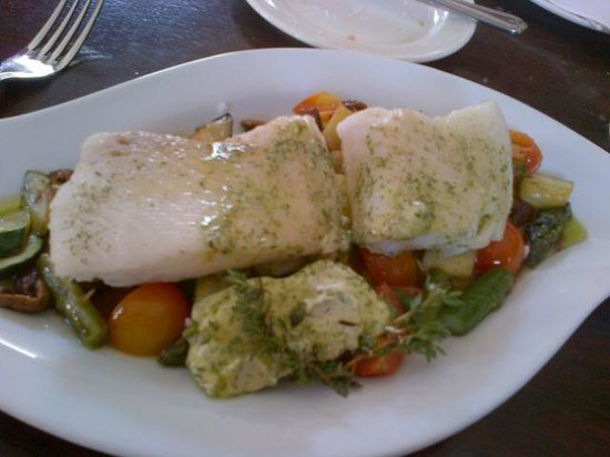 Shakespeare Hotel Restaurant: Excellent fresh fish with vegetables