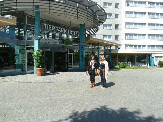 ABACUS Tierpark Hotel : entrada del hotel