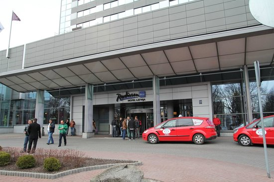 Radisson Blu Hotel Latvija: entrance