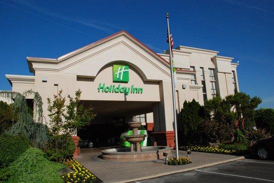 Wyndham Visalia: Holiday Inn Visalia