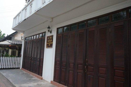 Sita-Norasingh Inn: Front side