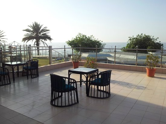 Al Qurum Resort: Seaview - really!