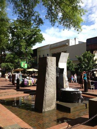 Omni Charlottesville: Pedestrian Mall