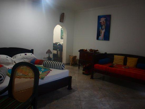 Shangri-Lanka Villa: chambre