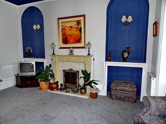 The Dunedin Guest House: общая комната