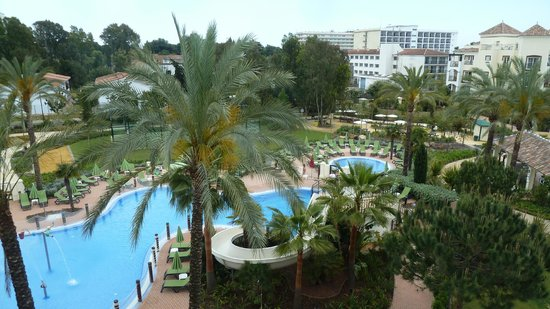Marriott's Playa Andaluza: Loking down onto the kiddies pool