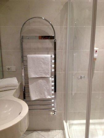 Hotel Sautter : le porte serviette chauffant
