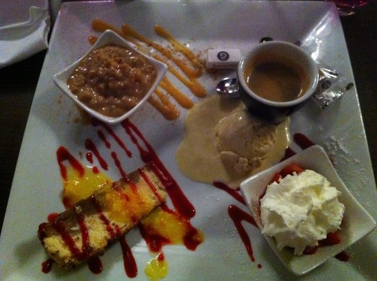 "Hotel Restaurant Le Normand : Restaurant Le Normand a Houlgate  Cafe gourmand"" une tuerie"""