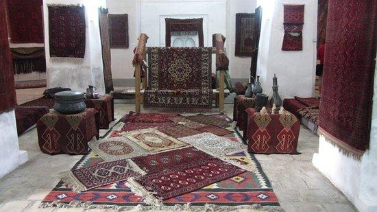 Maghak-i 'Attari Mosque