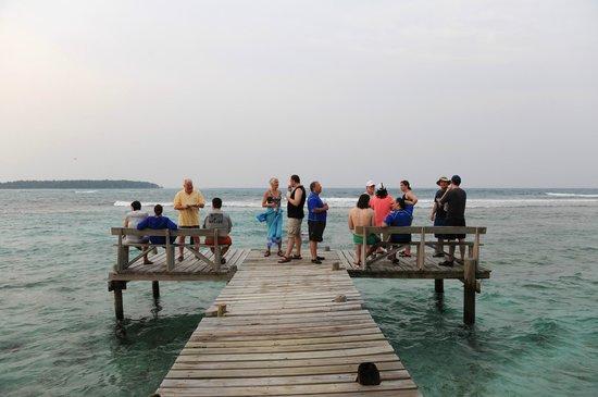 Long Caye Resort: Surf Deck