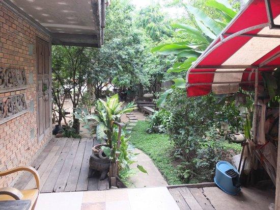Regina Riverside Guesthouse: RGH Garten