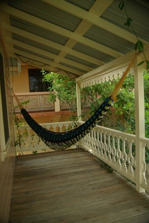 Silver Leaf Villa and Cabana: Upper hammock