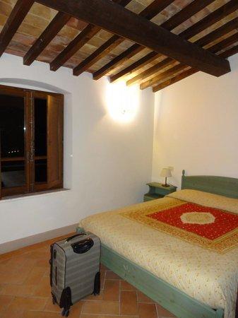 Fattoria Abbazia Monte Oliveto: stanza appartamento Gentilesca