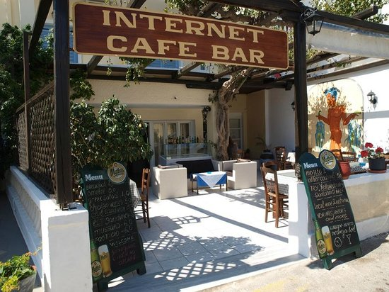 Narkissos Hotel: Hotel Narkissos, Kamari, Santorini, Greece