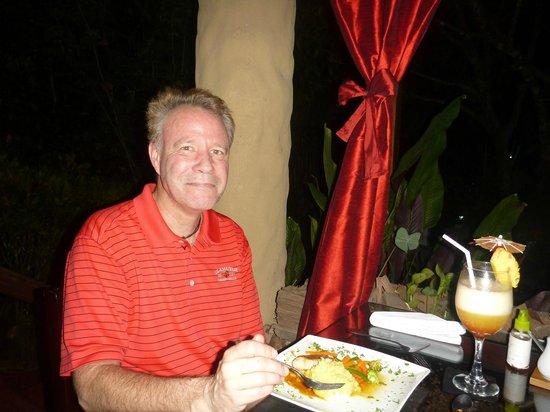 Falls Garden Restaurant: I am loving every bite and the tasty fru fru drink