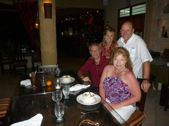 Falls Garden Restaurant: Dinner with friends for my Birthday