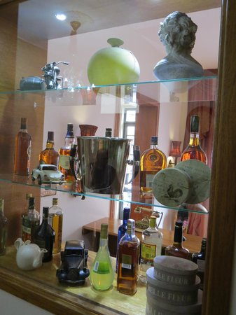 Casa Joaquin Boutique Hotel: Cozy bar wity wide variety of whiskys, wines and spirits, Boutique Hotel Casa Joaquin