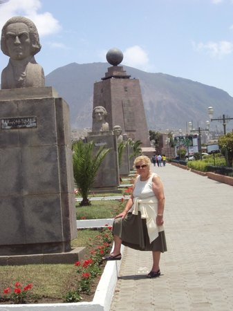 Casa Joaquin Boutique Hotel: Quito, an amazing city, Boutique Hotel Casa Joaquin helps you with your visit