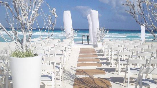 Sandos Cancun Lifestyle Resort Casamiento En La Playa