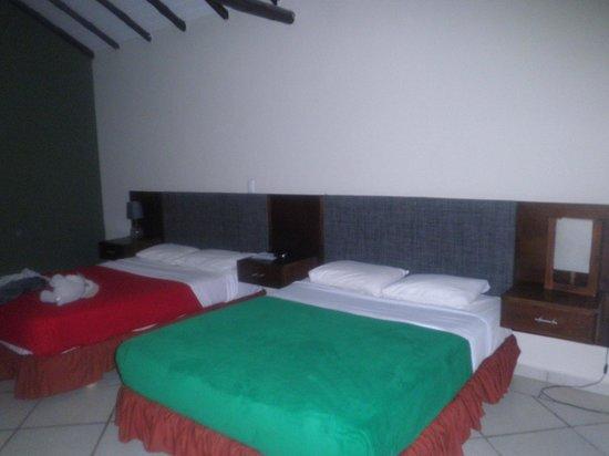 Coche Paradise Hotel Isla Margarita: habitacion