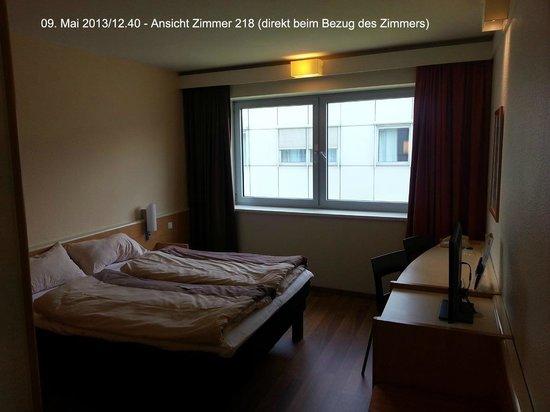 Ibis Graz: Zimmer 218 (direkt vor dem Bezug des Zimmers)