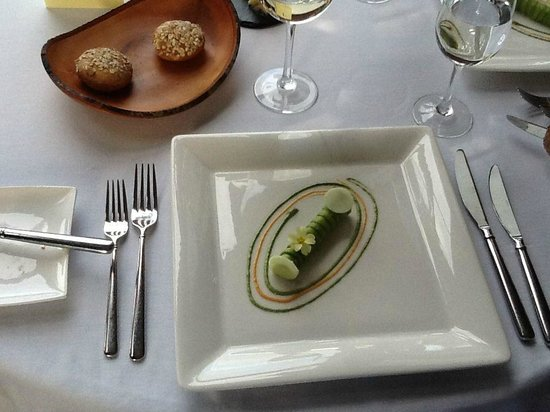 The Lovat, Loch Ness: crab, curry, avocado - a refined dining experience