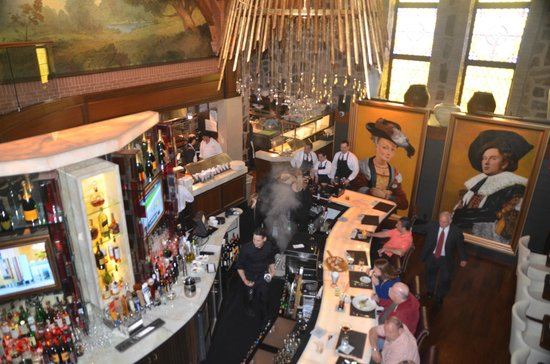Chapel Grille : View of the bar from our mezzanine level seat