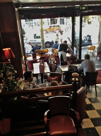 Le Madeleine 7 : View from the staircase looking down ~