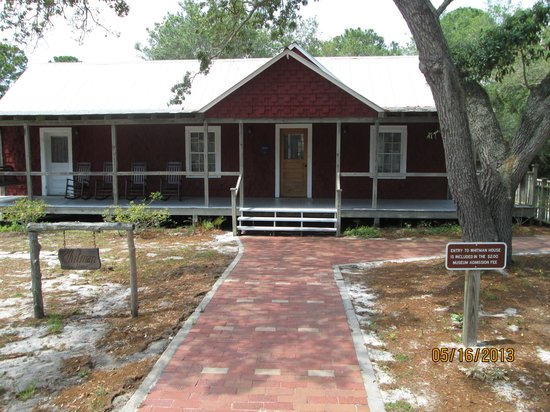 Cedar Key Museum State Park: Historic home