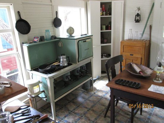 Cedar Key Museum State Park: Partial interior