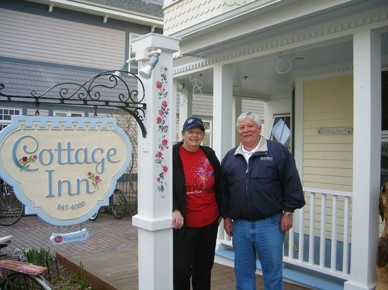 Cottage Inn of Mackinac Island : Nancy & Dan