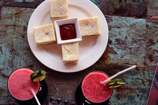 Kiss Bali: Arrival food