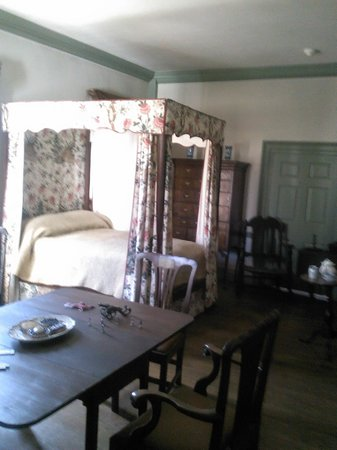 Morristown National Historical Park, Washington Headquarters and Museum : Ford Museum bedroom